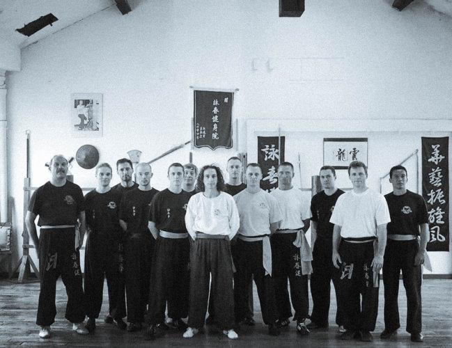 sifu-stephane-serror-groupe-instructeur-academie-de-sifu-didier-beddar-2006-wing-chun-kung-fu-paris-toulouse-adwct