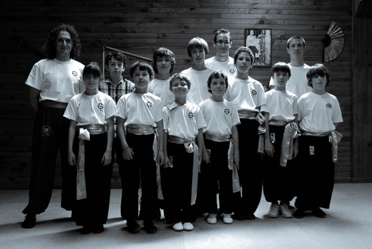 wing-chun-kung-fu-cours-enfant-2009-association-yimwingchun-toulouse-little-bruce-lee-wing-chun-kung-fu-toulouse-association-yimwingchun