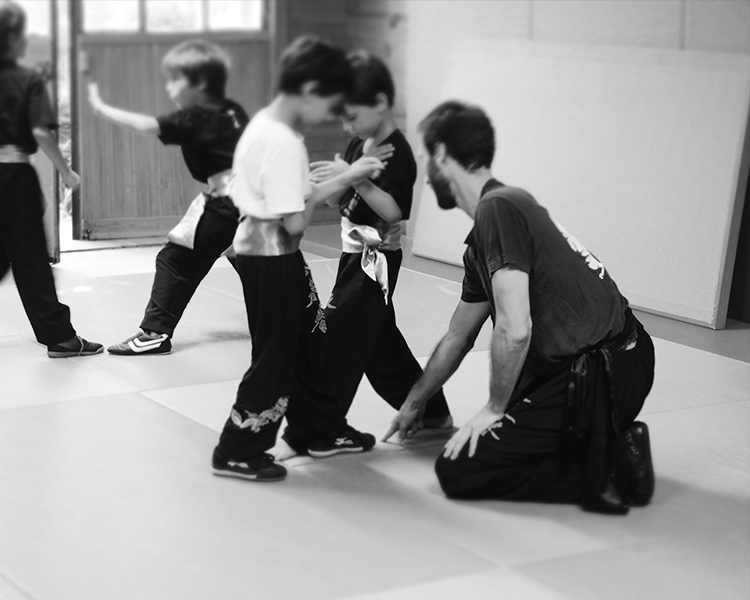 cours-kung-fu-enfants-partenaire-travail-sifu-stephane-serror-ecole-kung-fu-yim-wing-chun-toulouse